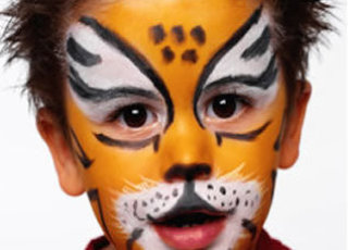 Longton VM Kid with Facepaint Image